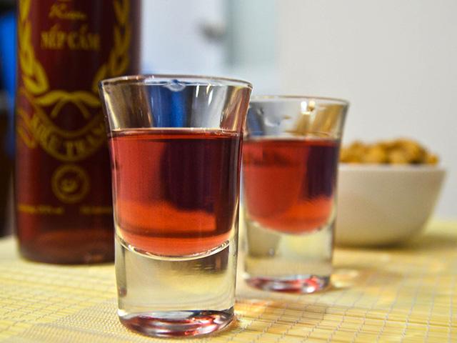 Vietnamese-Sticky rice wine